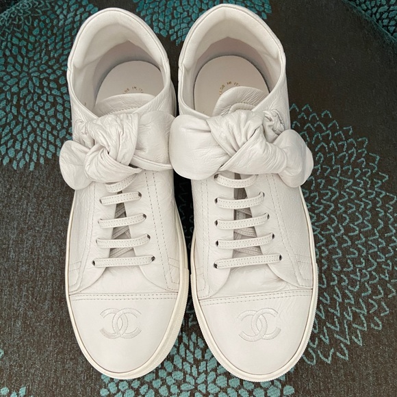 CHANEL Shoes   These Are White Sneakers